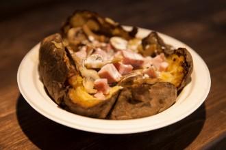 street food - patata greco famelica food blog famelica foodblogger